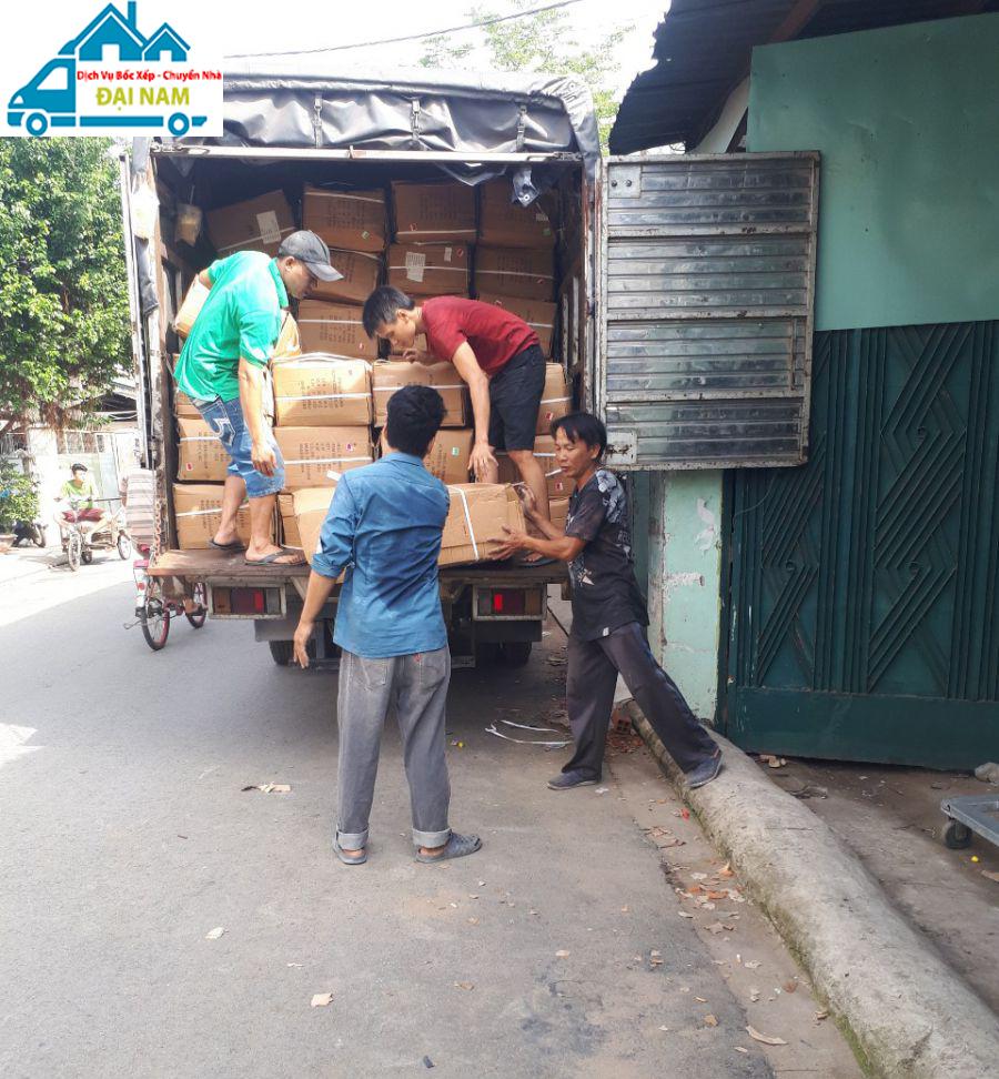Dịch vụ bốc xếp hàng hóa quận Tân Phú