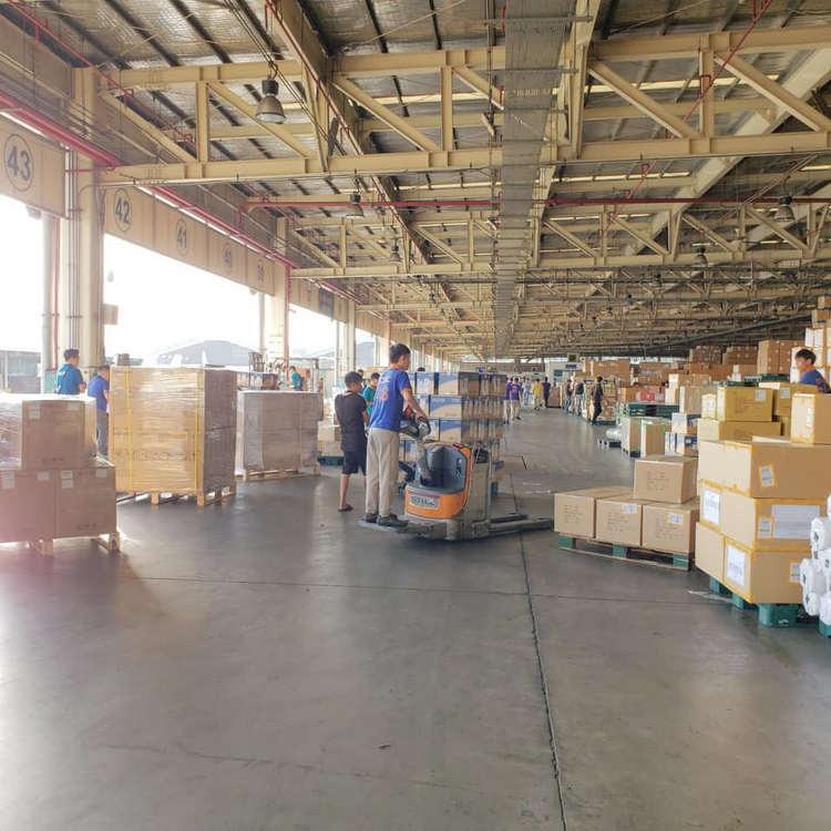 Dịch vụ bốc xếp hàng hóa tại nhà máy, KCN giá rẻ, chuyên nghiệp